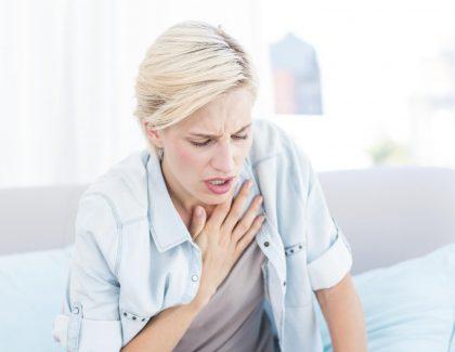 Tratamiento con azitromicina, tratamiento convencional y LABA en el asma mal controlada